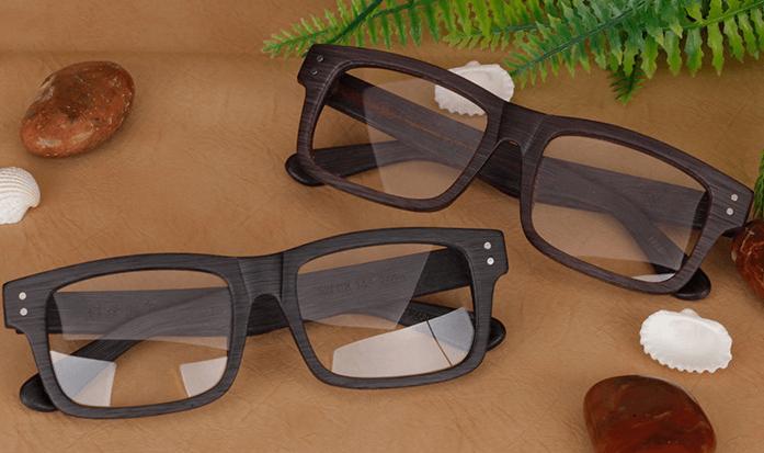 Очки в деревянной оправе ~ за 2685 руб.