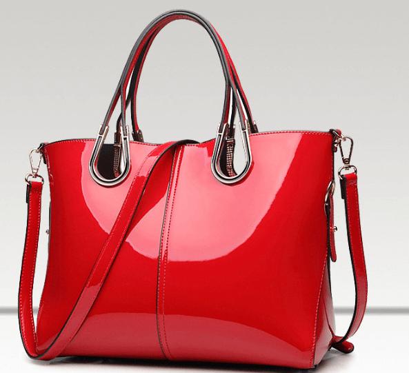 Красная сумка ~ за 2404 руб.
