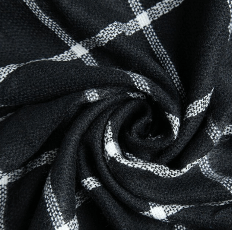 Черный шарф ~ за 428 руб.