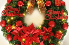 Подготовка к празднику: рождественский венок