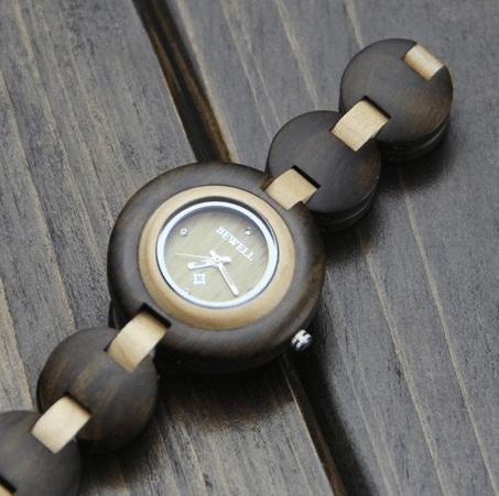 Часы круглые ~ за 1600 руб.
