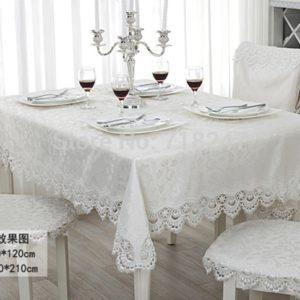 Современная скатерть на стол