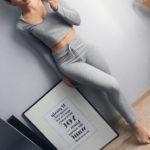 Серый костюм с укороченным топом c Aliexpress 1100 рублей