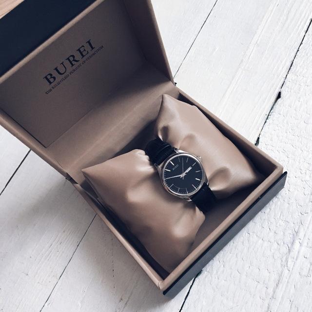 Часы в коробочке