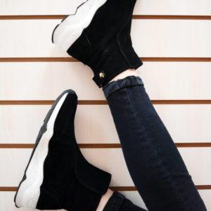 Интересные зимние ботинки под спортивный стиль с Aliexpress за 2600 рублей