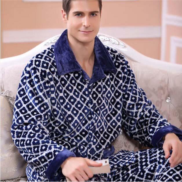 """Тёплая пижама для него """"Зима в Лондоне"""" ~ 1658 руб"""