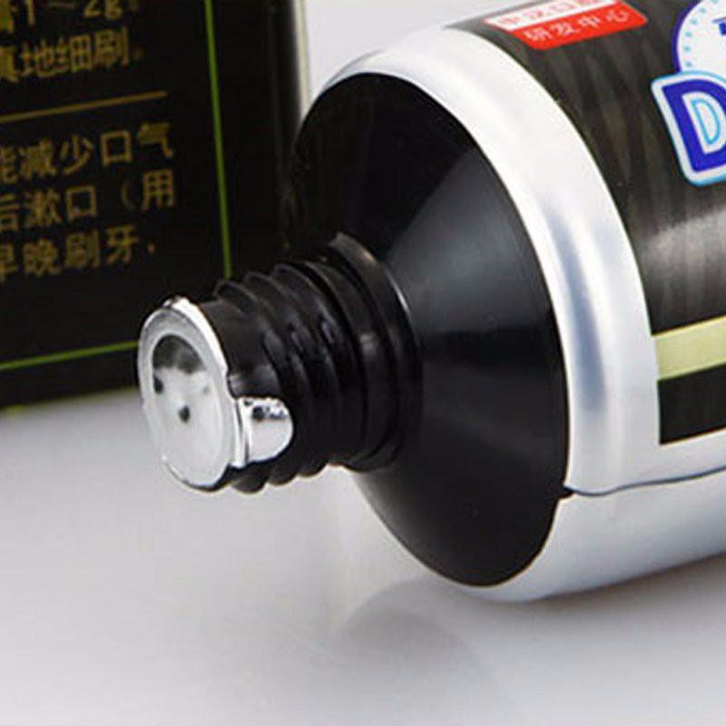 Черная отбеливающая зубная паста ~ 175 руб