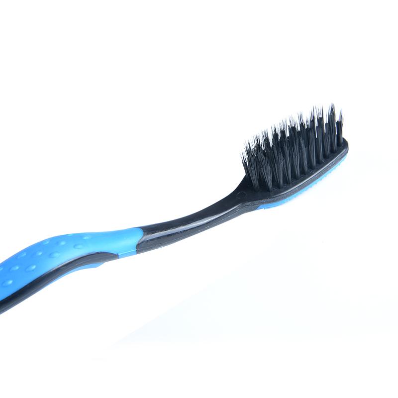 Наиболее дешевый и качественный набор зубных щеток ~ 178 руб