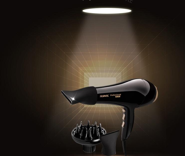 Профессиональный фен для укладки и сушки волос ~ 2500 руб