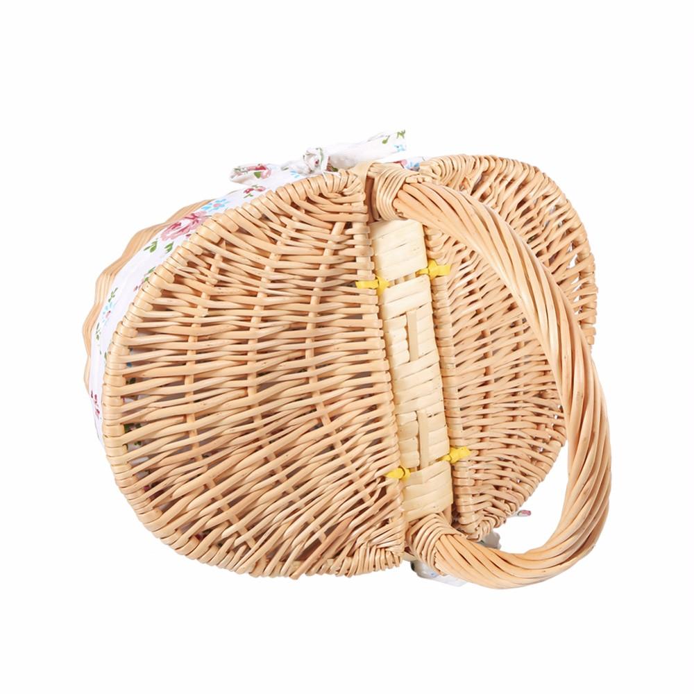 Классическая плетеная корзина ~ 1120 руб