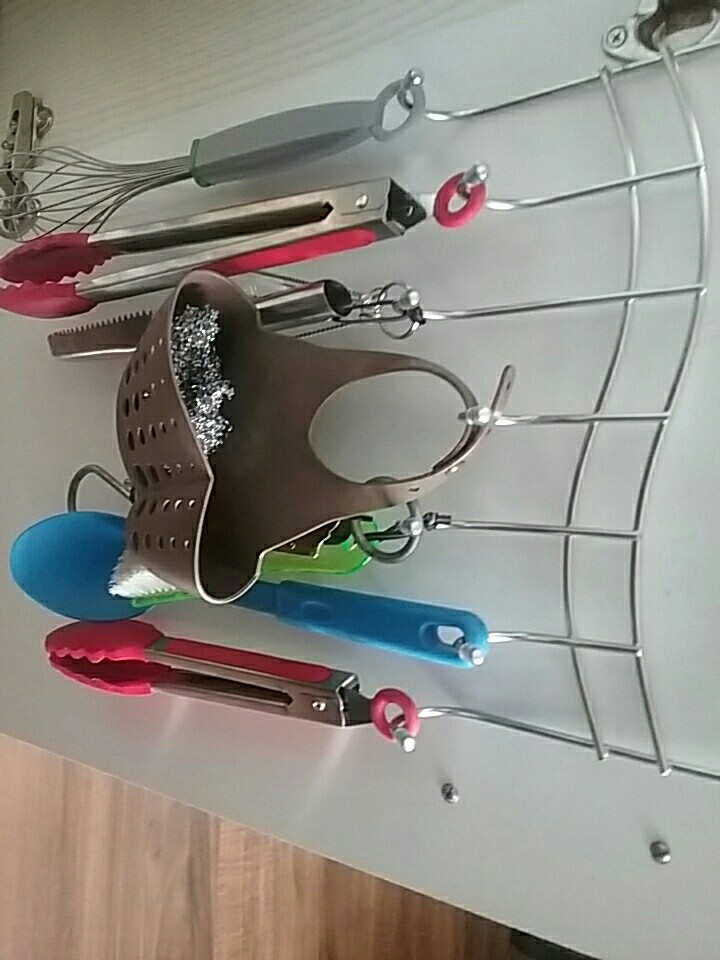 Подвесная вешалка с крючками ~ 594 руб