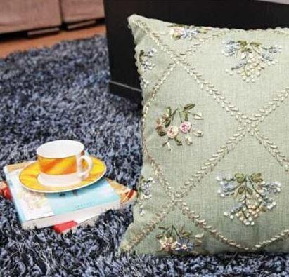 Королевская подушка ~ 640 руб
