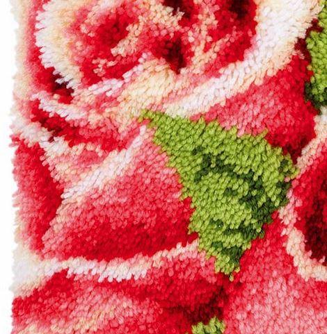 Набор для вышивки подушки с розами ~ 1050 руб