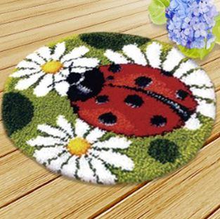 Набор для вышивки круглого коврика в детскую ~ 995 руб